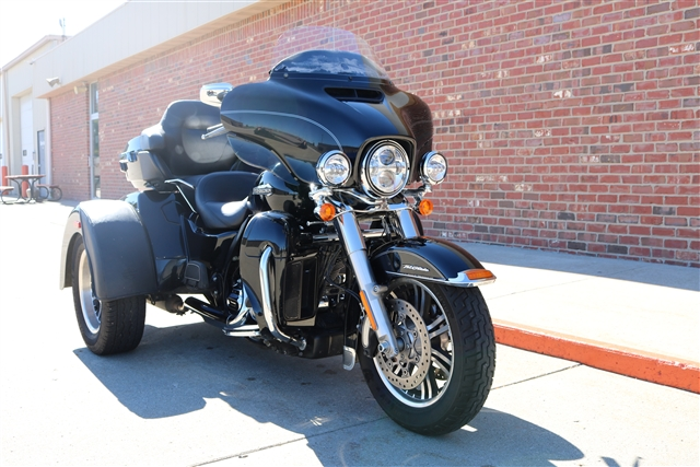 2014 Harley-Davidson Trike Tri Glide Ultra at Zylstra Harley-Davidson®, Ames, IA 50010