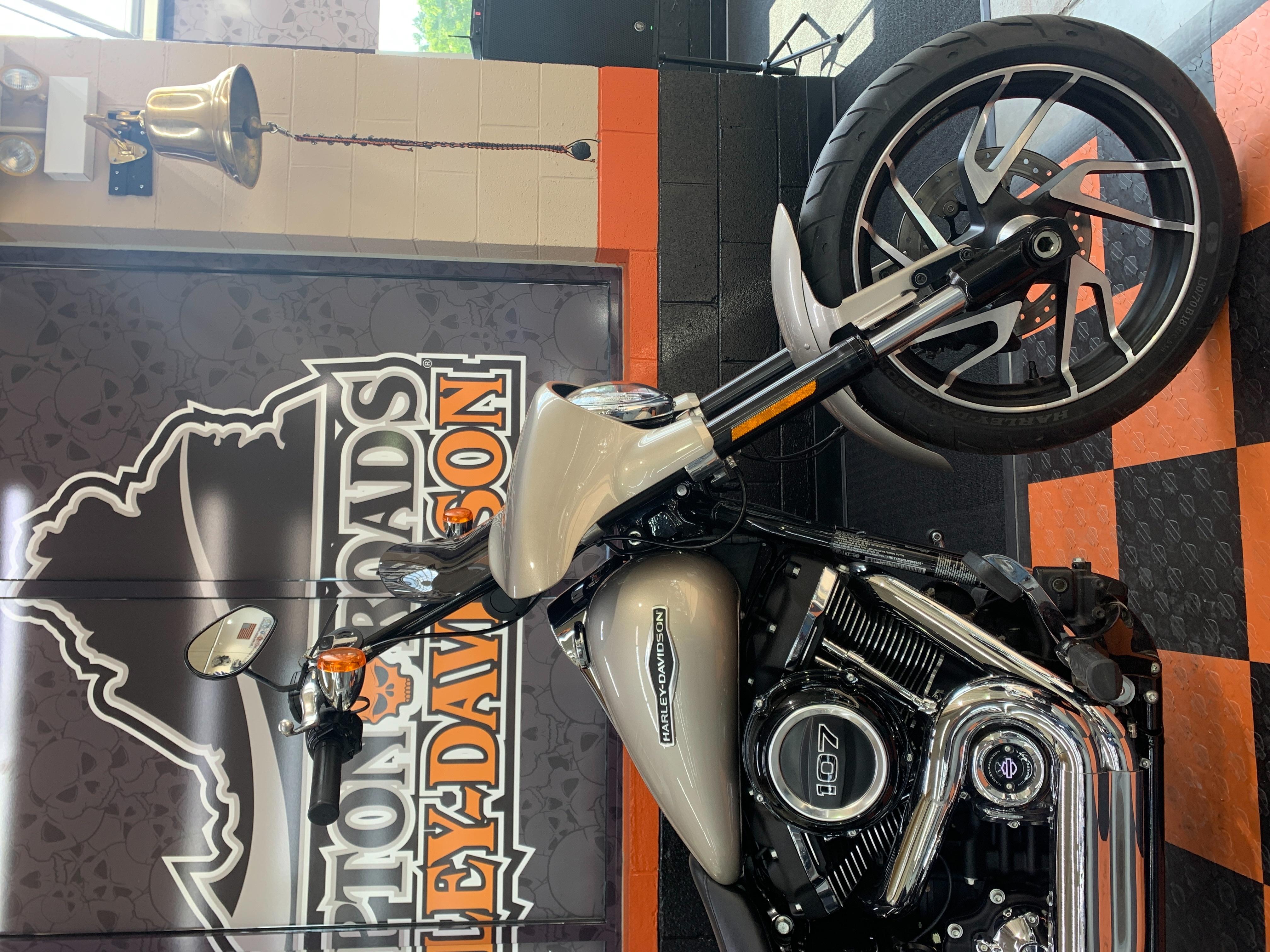 2018 Harley-Davidson Softail Sport Glide at Hampton Roads Harley-Davidson