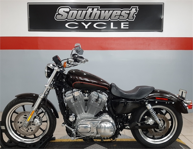 2011 Harley-Davidson Sportster 883 SuperLow at Southwest Cycle, Cape Coral, FL 33909