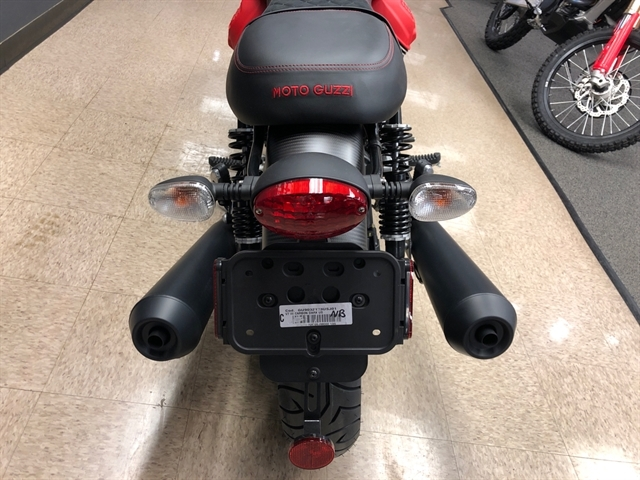 2018 Moto Guzzi V7 III Carbon Dark at Sloans Motorcycle ATV, Murfreesboro, TN, 37129