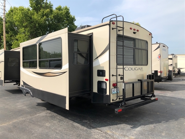 2018 Keystone COUGAR HALF-TON 33SAB 33SAB at Youngblood RV & Powersports Springfield Missouri - Ozark MO
