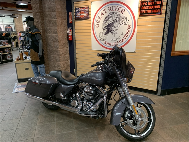 2014 Harley-Davidson Street Glide Base at Great River Harley-Davidson