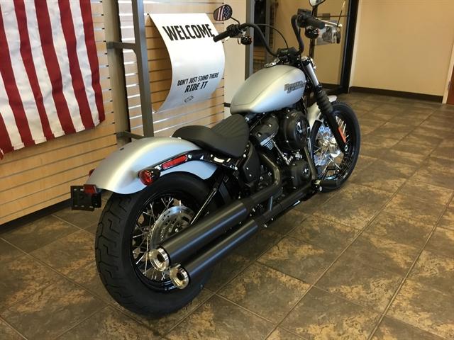 2020 Harley-Davidson Softail Street Bob at Bud's Harley-Davidson, Evansville, IN 47715