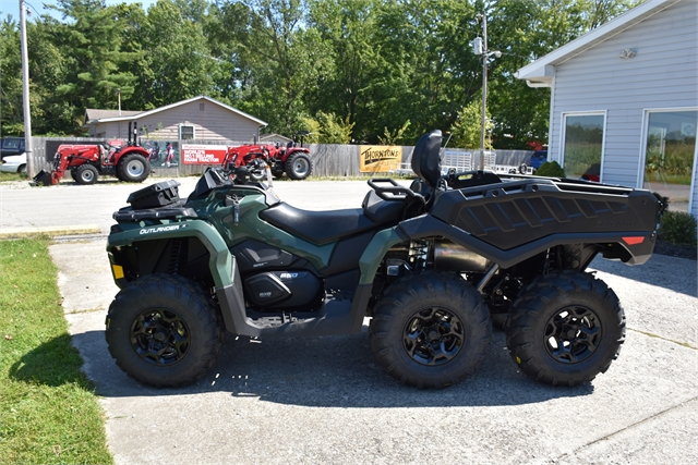 2022 Can-Am Outlander MAX 6x6 DPS 650 at Thornton's Motorcycle - Versailles, IN