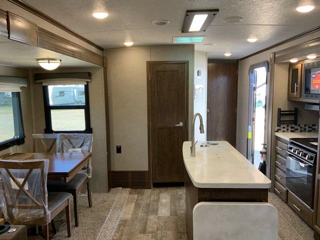 2019 Forest River Rockwood Signature Ultra Lite Rear Living at Campers RV Center, Shreveport, LA 71129