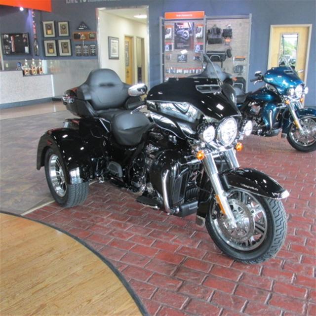 2020 Harley-Davidson Trike Tri Glide Ultra at Bumpus H-D of Memphis
