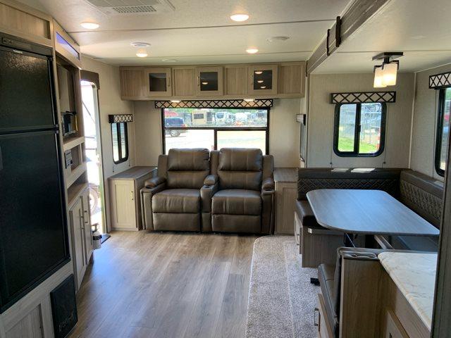 2020 Coachmen Freedom Express Deep Slide 279RLDS at Campers RV Center, Shreveport, LA 71129
