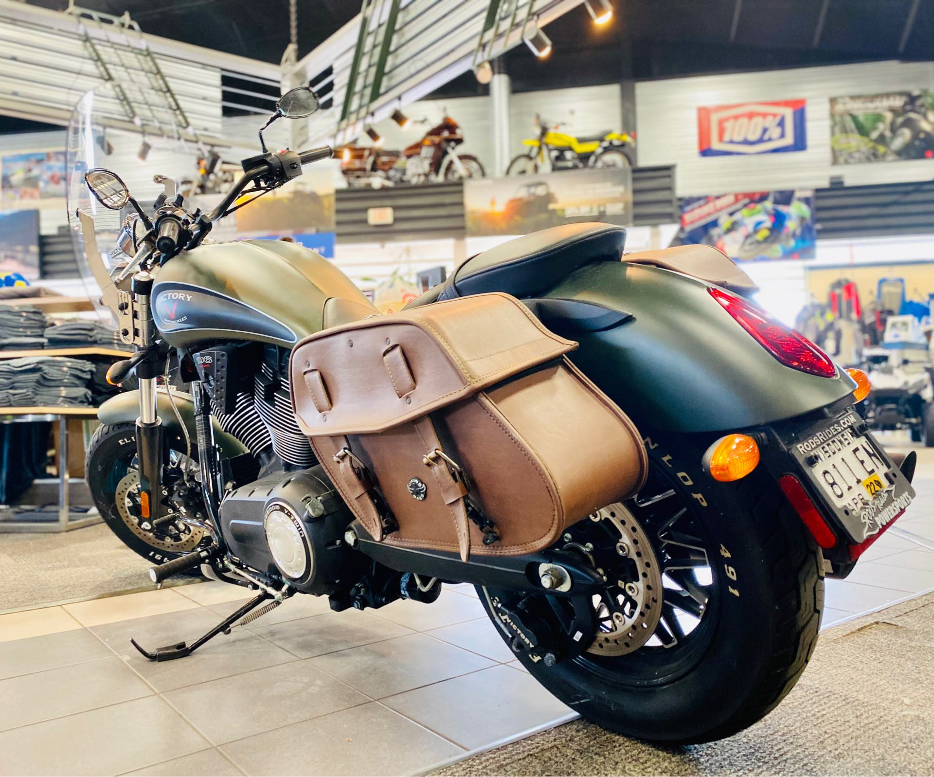 2016 Victory Gunner Base at Rod's Ride On Powersports