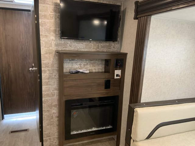 2019 XLR Boost 27LRLE Toy Hauler at Campers RV Center, Shreveport, LA 71129