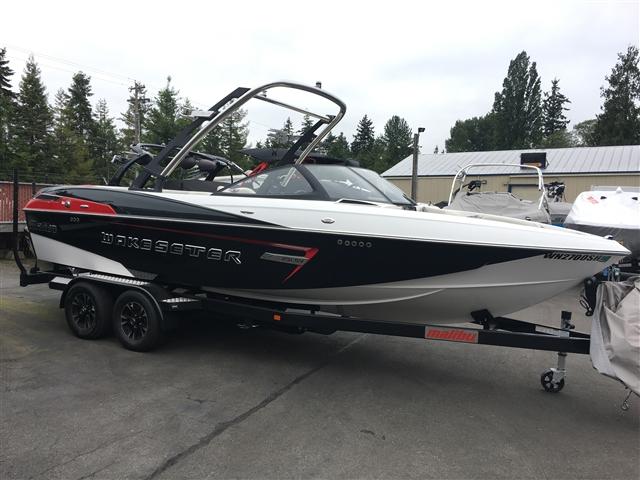 2014 Malibu Boats Wakesetter 23 LSV at Lynnwood Motoplex, Lynnwood, WA 98037