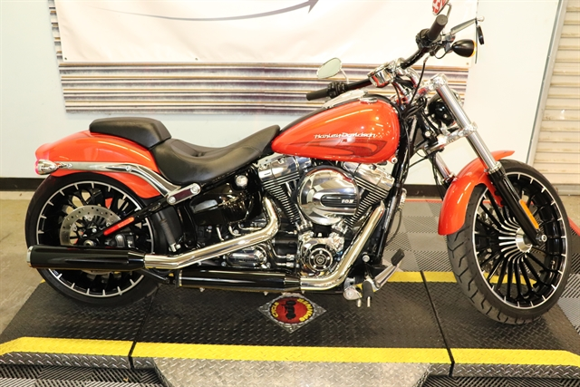 2017 Harley-Davidson Softail Breakout at Used Bikes Direct