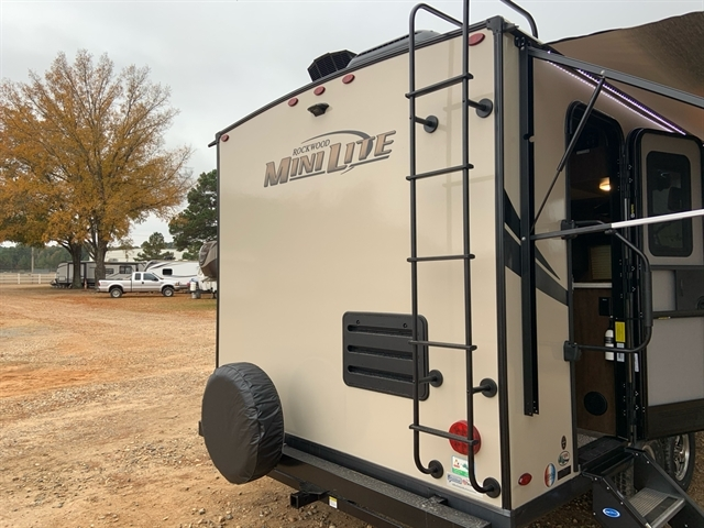 2020 Forest River Rockwood Mini Lite 2109S at Campers RV Center, Shreveport, LA 71129