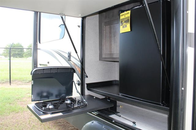 2019 Forest River Rockwood Signature Ultra Lite 8290BS Rear Kitchen at Campers RV Center, Shreveport, LA 71129