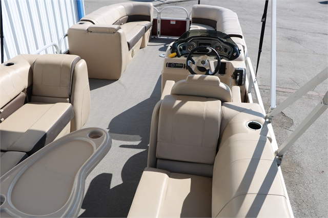 2018 Sun Tracker Party Barge 24 Dlx at Jerry Whittle Boats