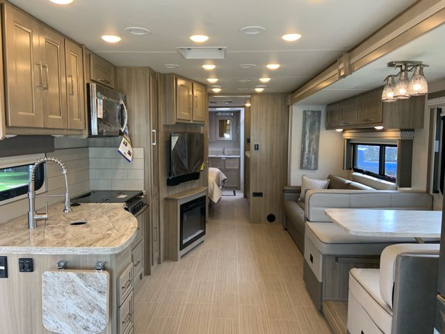 2020 Coachmen Sportscoach SRS 365RB 365RB at Campers RV Center, Shreveport, LA 71129