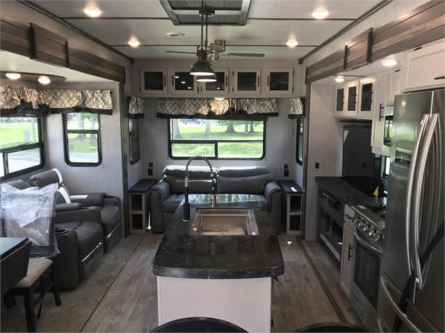 2021 CrossRoads Hampton HP374BAR at Lee's Country RV