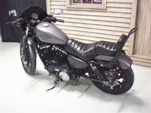 2017 Harley-Davidson Sportster Iron 883 at Indianapolis Southside Harley-Davidson®, Indianapolis, IN 46237