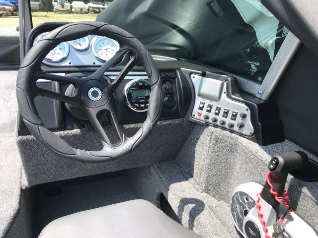 2018 Lund Rebel 1750 XS Sport at Pharo Marine, Waunakee, WI 53597