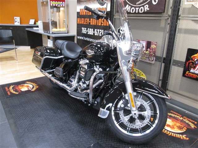 2018 Harley-Davidson Road King Base at Hunter's Moon Harley-Davidson®, Lafayette, IN 47905