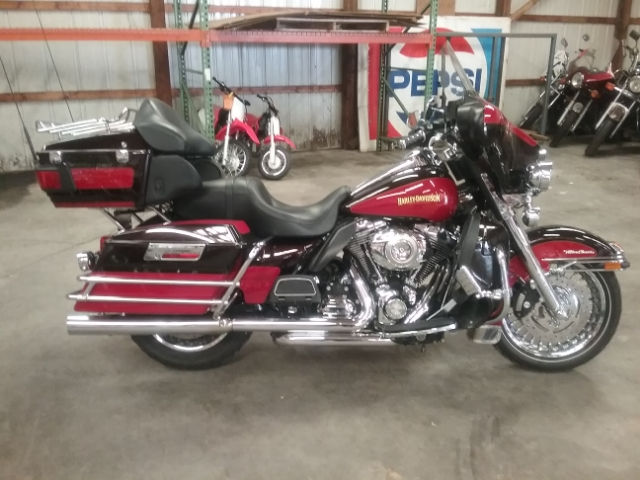 2010 Harley-Davidson Electra Glide Ultra Classic at Thornton's Motorcycle - Versailles, IN