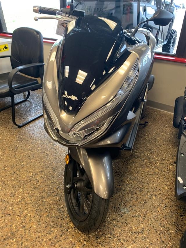 2019 Honda PCX 150 at Mungenast Motorsports, St. Louis, MO 63123
