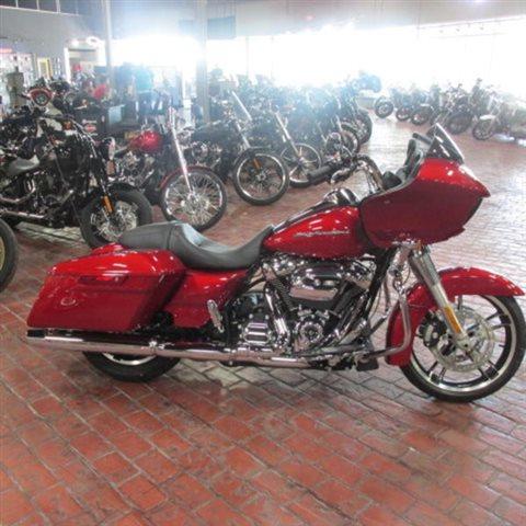 2019 Harley-Davidson Road Glide Base at Bumpus H-D of Memphis