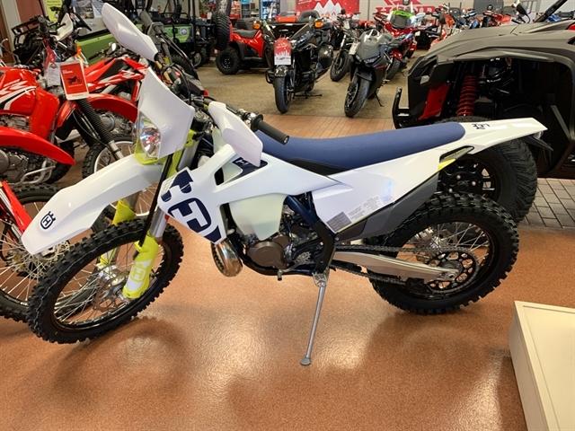 2020 Husqvarna TE 300i at Mungenast Motorsports, St. Louis, MO 63123