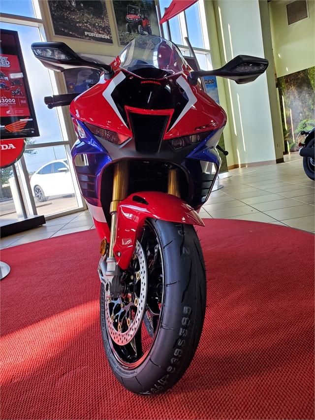 2021 Honda CBR1000RR-R Fireblade SP at Sun Sports Cycle & Watercraft, Inc.