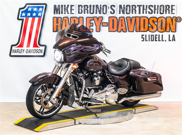 2017 Harley-Davidson Street Glide Special at Mike Bruno's Northshore Harley-Davidson