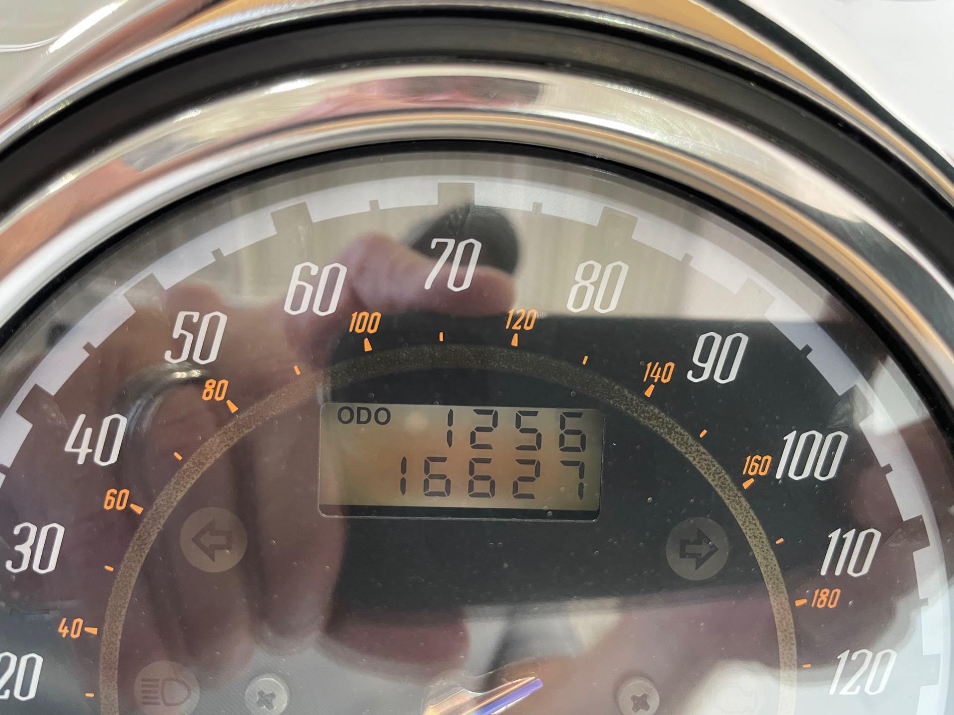 2009 Yamaha Raider S at Twisted Cycles