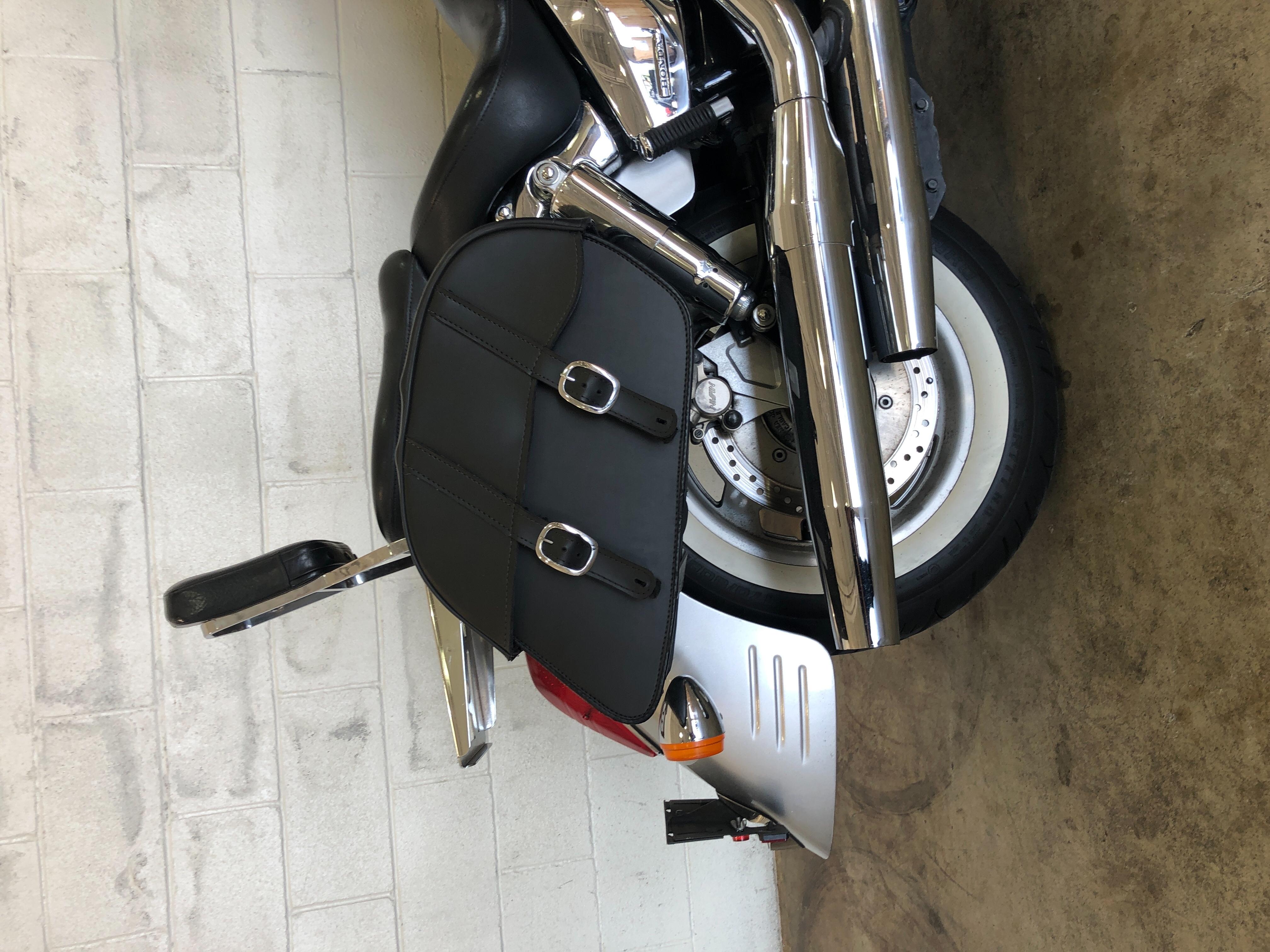 2009 Honda VTX 1300 R at Twisted Cycles