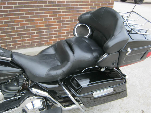 2006 Harley-Davidson Electra Glide Ultra Classic FLHTCUI Classic at Brenny's Motorcycle Clinic, Bettendorf, IA 52722