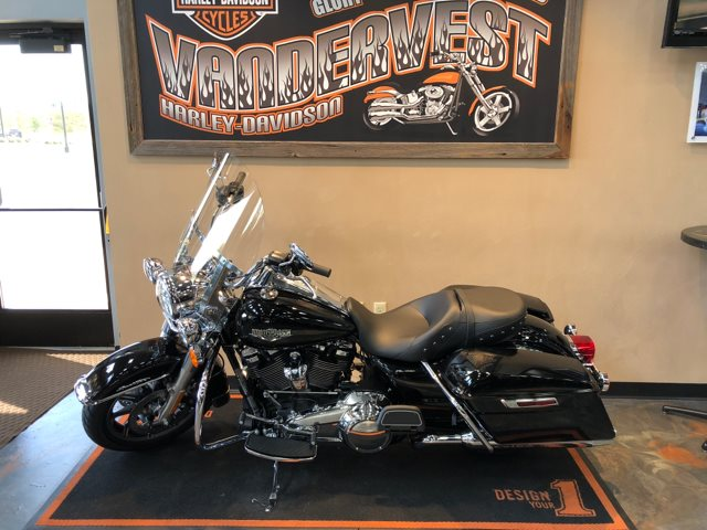 2019 Harley-Davidson Road King Base at Vandervest Harley-Davidson, Green Bay, WI 54303
