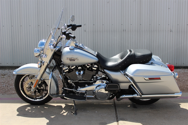 2018 Harley-Davidson Road King Base at Gruene Harley-Davidson