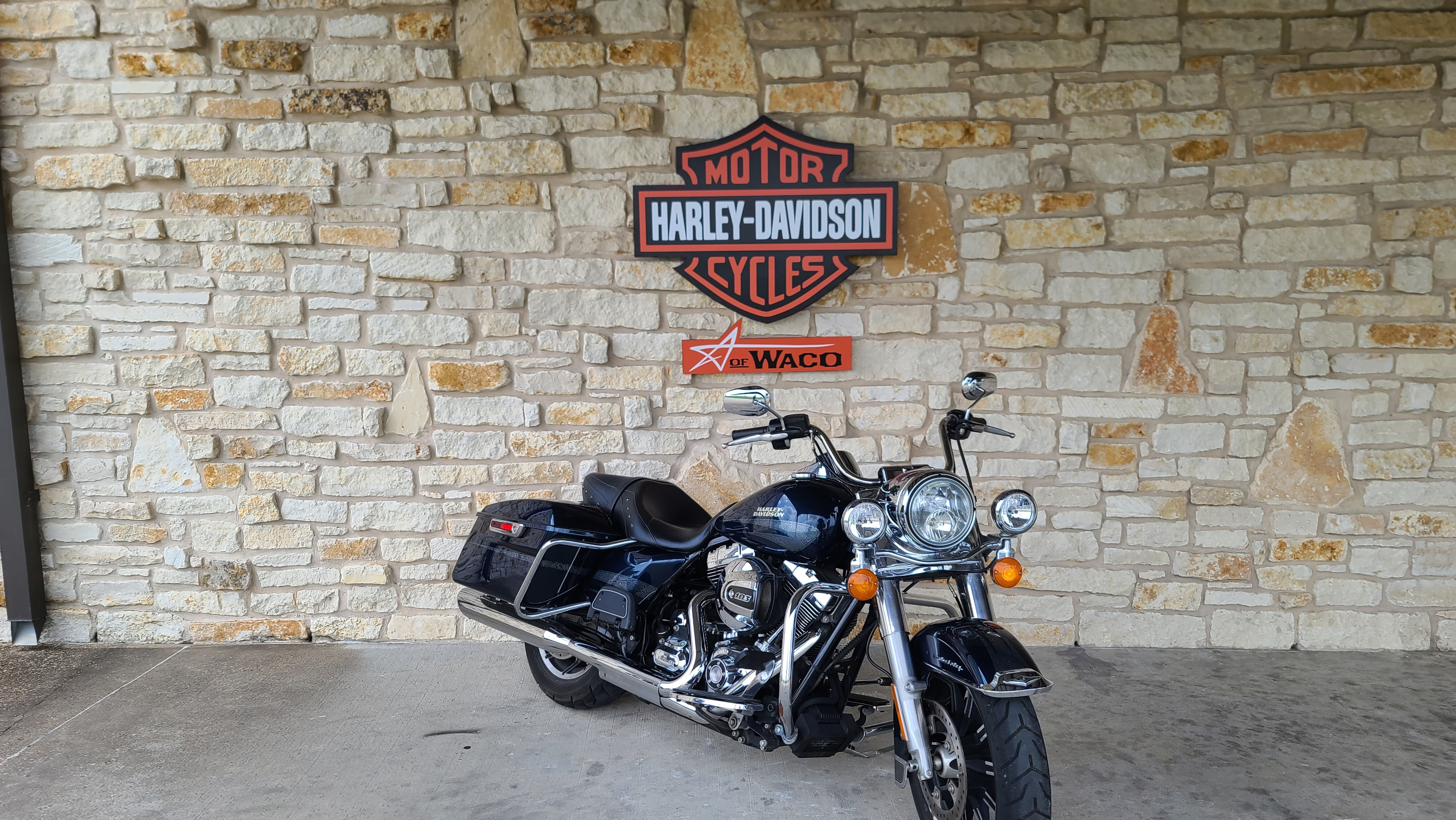 2016 Harley-Davidson Road King Base at Harley-Davidson of Waco