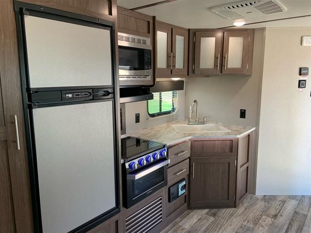 2020 Keystone Hideout LHS (East) 338LHS at Campers RV Center, Shreveport, LA 71129