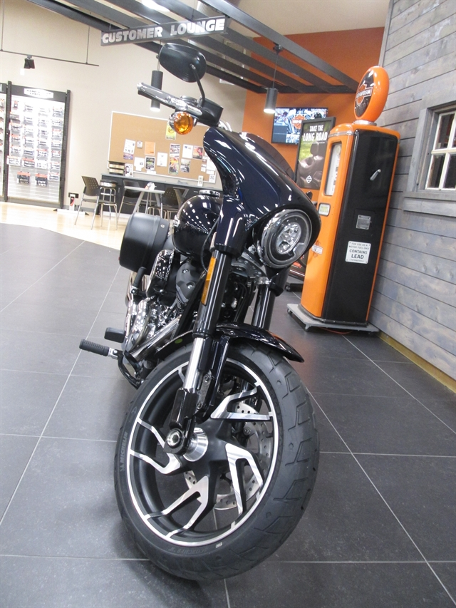 2019 Harley-Davidson Softail Sport Glide® at Hunter's Moon Harley-Davidson®, Lafayette, IN 47905