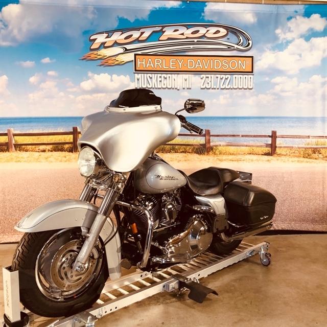 2004 Harley-Davidson Road King Custom at Hot Rod Harley-Davidson