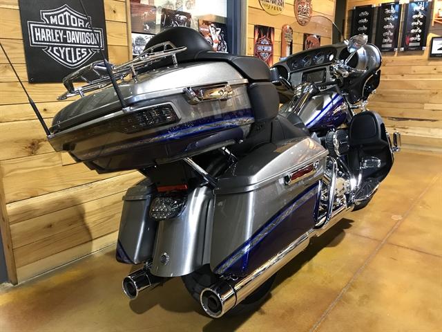 2016 Harley-Davidson Electra Glide CVO Limited at Thunder Road Harley-Davidson