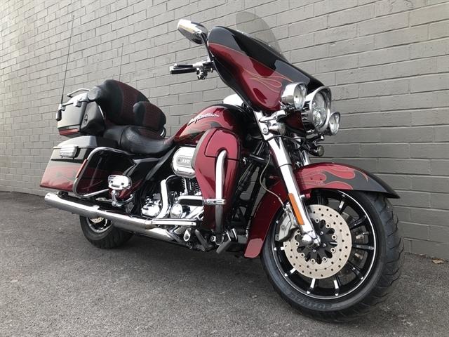 2011 Harley-Davidson Electra Glide CVO Ultra Classic at Cannonball Harley-Davidson®