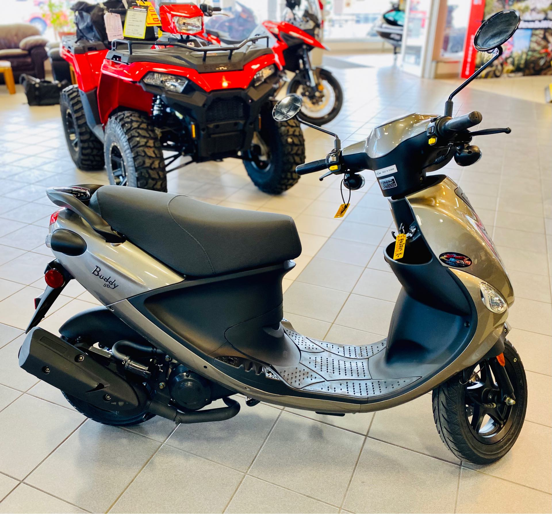 2021 Genuine Scooter Co Buddy 50 at Rod's Ride On Powersports