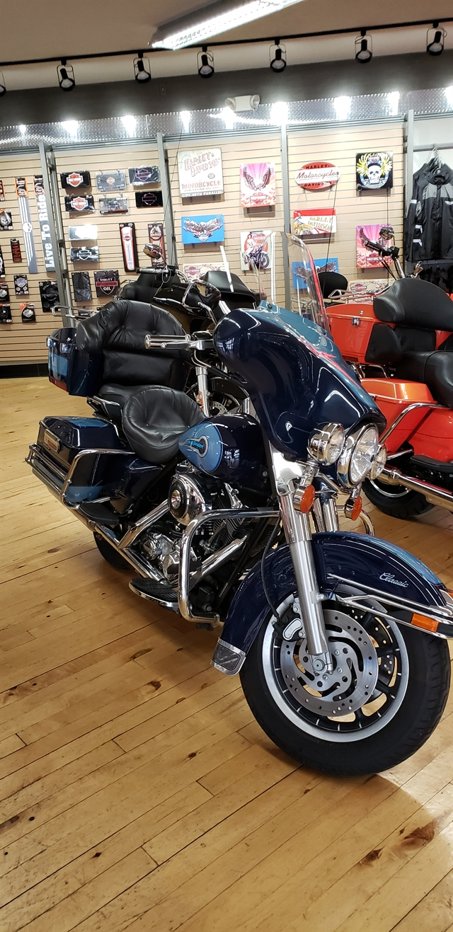 2002 Harley-Davidson FLHTC SHRINE at Zips 45th Parallel Harley-Davidson