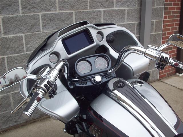 2019 Harley-Davidson Road Glide CVO Road Glide at Indianapolis Southside Harley-Davidson®, Indianapolis, IN 46237