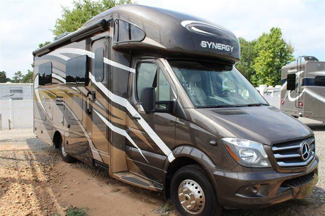 2019 Thor Motor Coach Synergy Sprinter 24SJ at Campers RV Center, Shreveport, LA 71129
