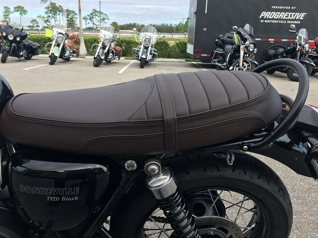2020 Triumph BONNEVILLE T120 BLACK at Fort Myers