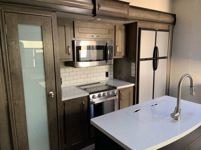 2019 Keystone Montana High Country 364BH 364BH at Campers RV Center, Shreveport, LA 71129