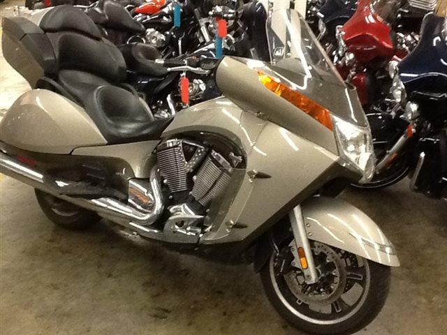 2013 Victory VISION at Bud's Harley-Davidson, Evansville, IN 47715