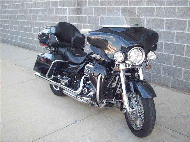 2013 Harley-Davidson Electra Glide CVO Ultra Classic 110th Anniversary Edition at Indianapolis Southside Harley-Davidson®, Indianapolis, IN 46237