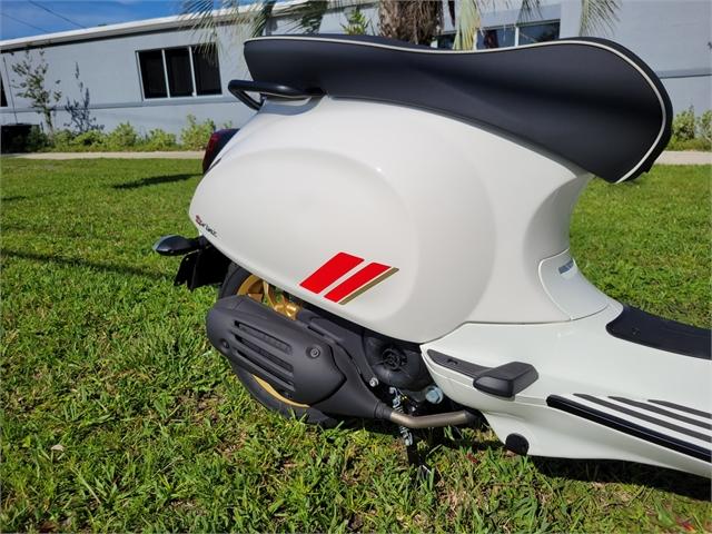 2021 Vespa SPRINT 150 RACING SIXTIES BIANCO at Powersports St. Augustine