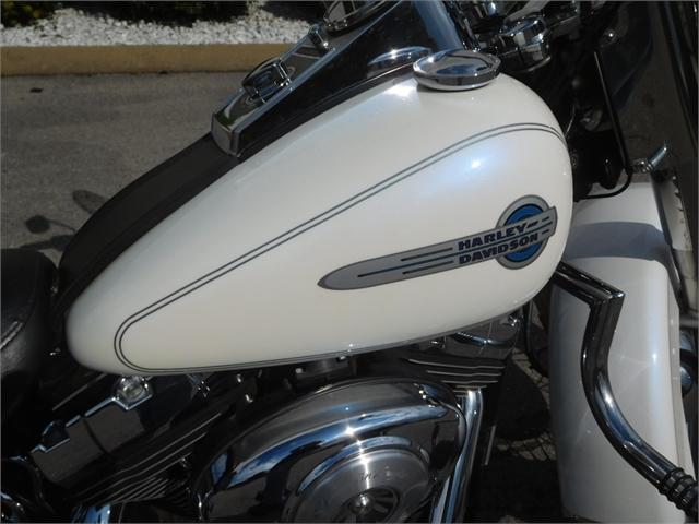 2004 Harley-Davidson Softail Heritage Softail Classic at Bumpus H-D of Murfreesboro